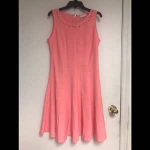 Dresses & Skirts - Like new salmon color dress with detail at neck